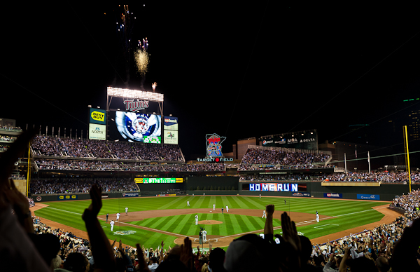 Michael Cuddyer hits a 2-run homerun to put the Twins up 2-0 early in Game 1 of the ALDS at Target Field, October 6, 2010